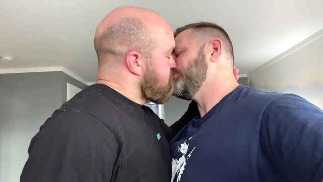 Gay Xnxx - Two Hairy Dads get Naked Together amateur