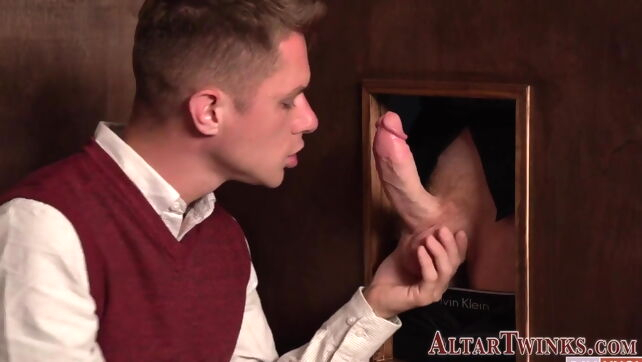 Gay Xnxx - Priest gets big cock sucked and bangs bareback