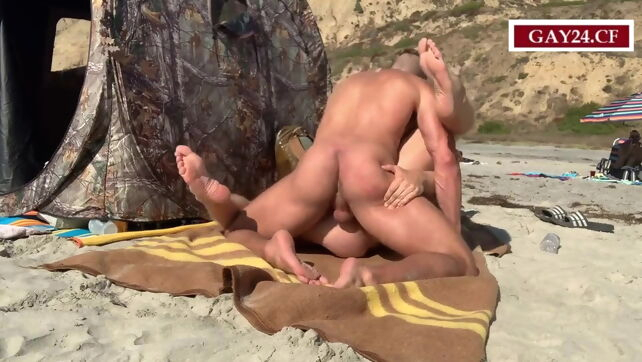 Gay Xnxx - amateurs fucking in the public beach #2 beach
