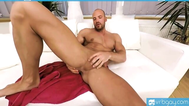 Gay Xnxx - Gay Vr Porn-bald Sexy Thomas Masturbates In The Shower solo male