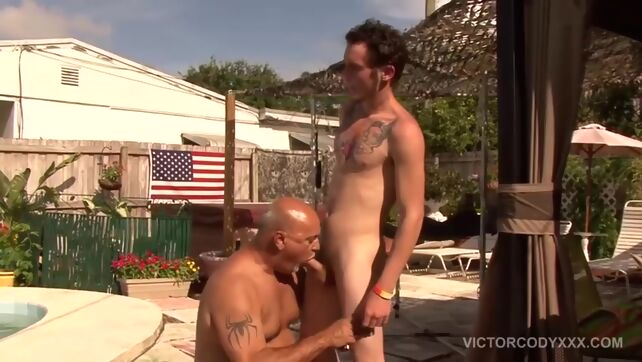 Gay Xnxx - Two Homosexual Guys Love Painfully Outdoor Ass Invasion brunette